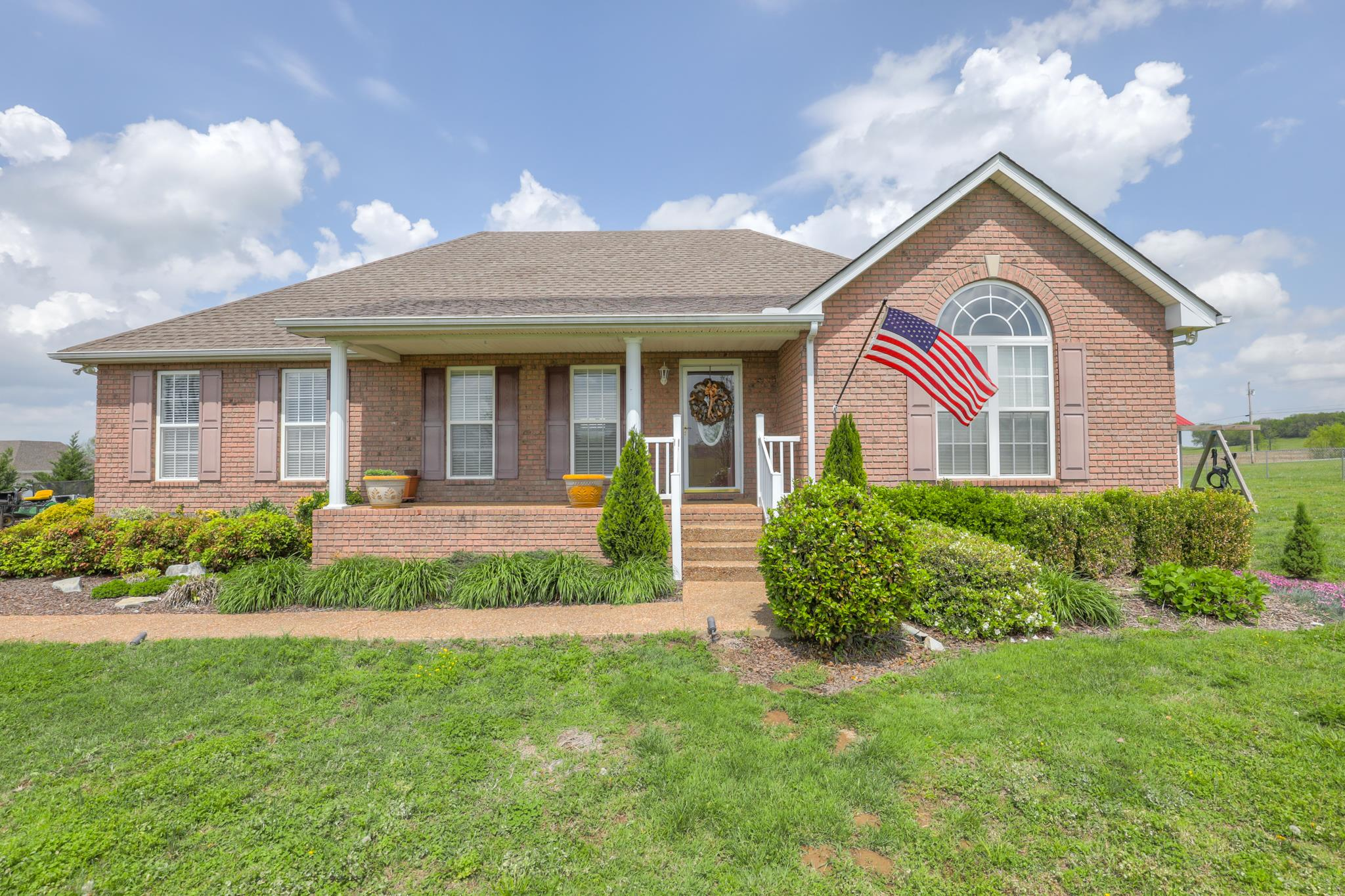 Photo of 1244 Chenault Ln  Castalian Springs  TN