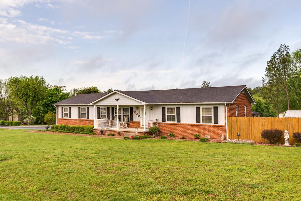 Photo of 202 Lookout Dr  Columbia  TN