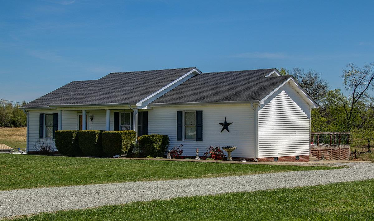 Photo of 3883 Armstrong Rd  Springfield  TN