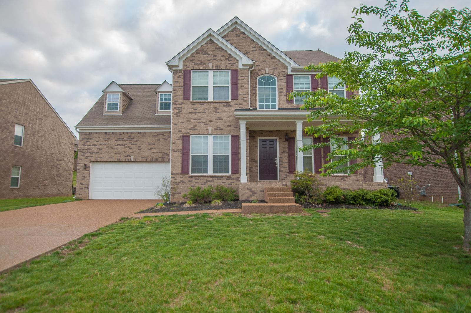 Photo of 264 Cobblestone Lndg  Mount Juliet  TN