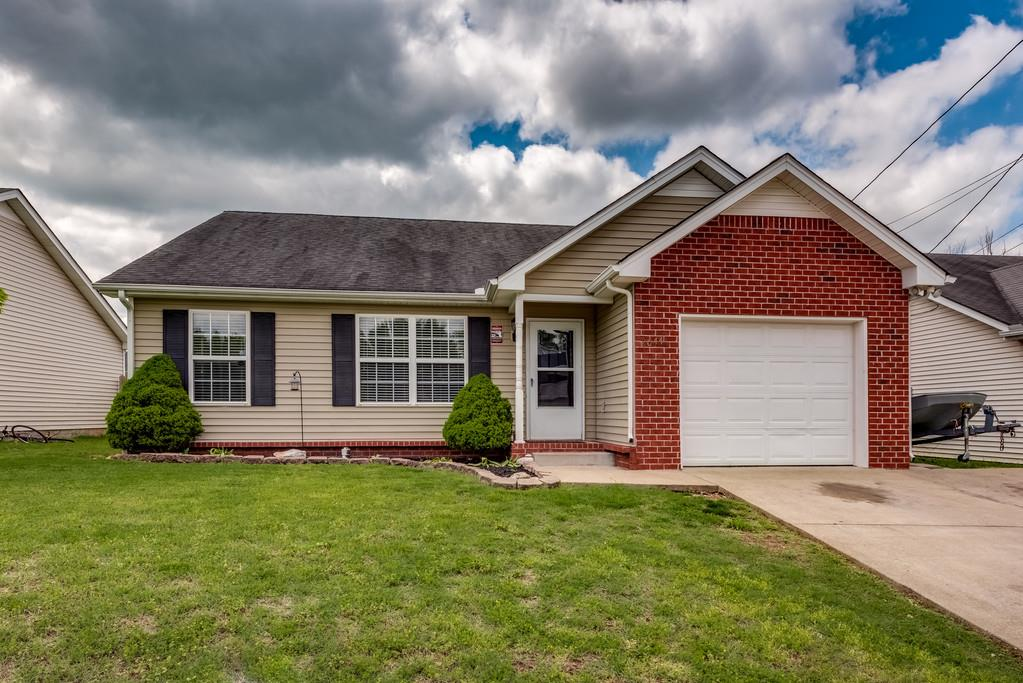 Photo of 2644 Dakota Way  Murfreesboro  TN