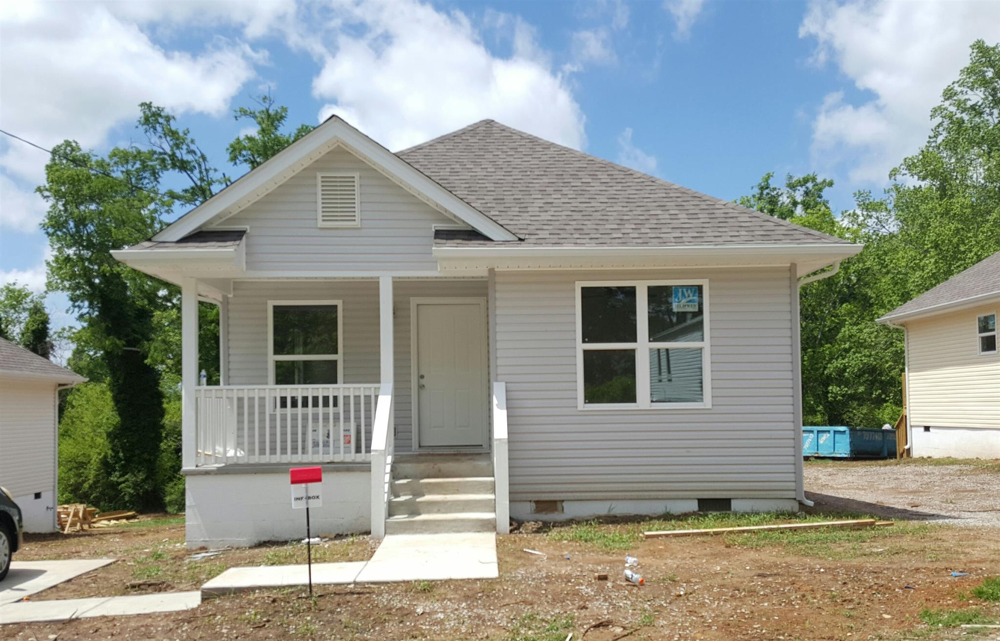 Photo of 910 Woodside St  Columbia  TN