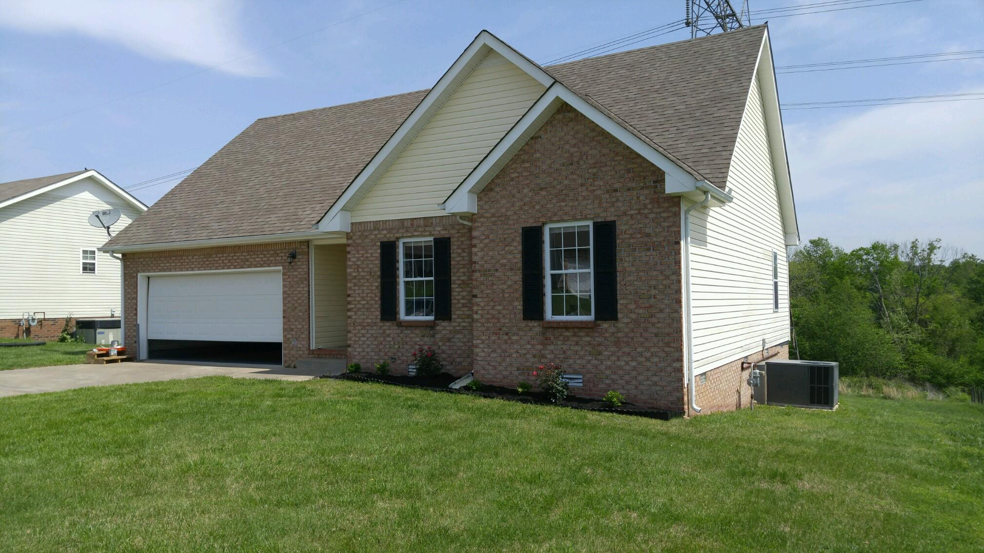 Photo of 943 Drum Ln  Clarksville  TN