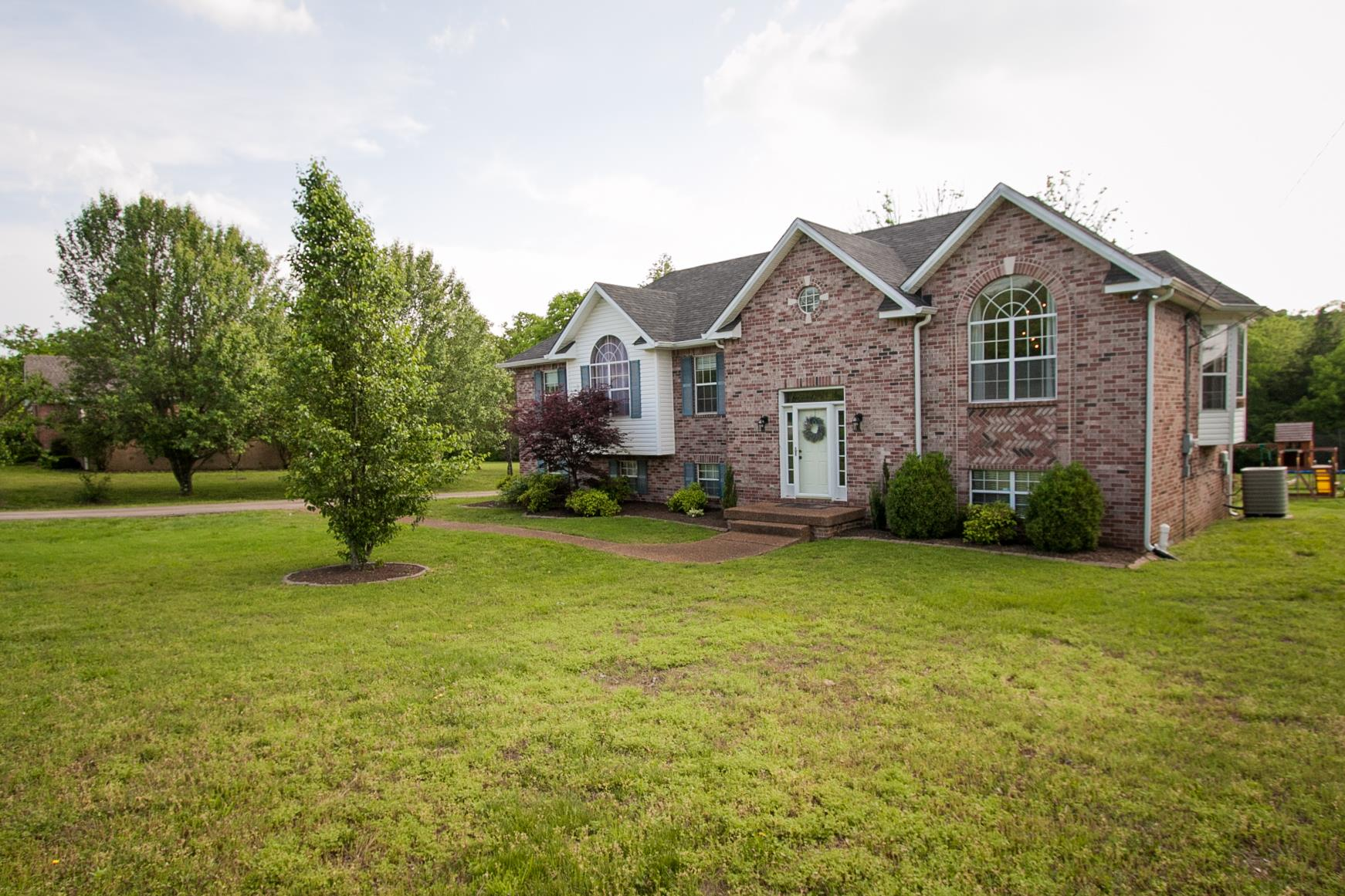 Photo of 323 John Wright Rd  Mount Juliet  TN