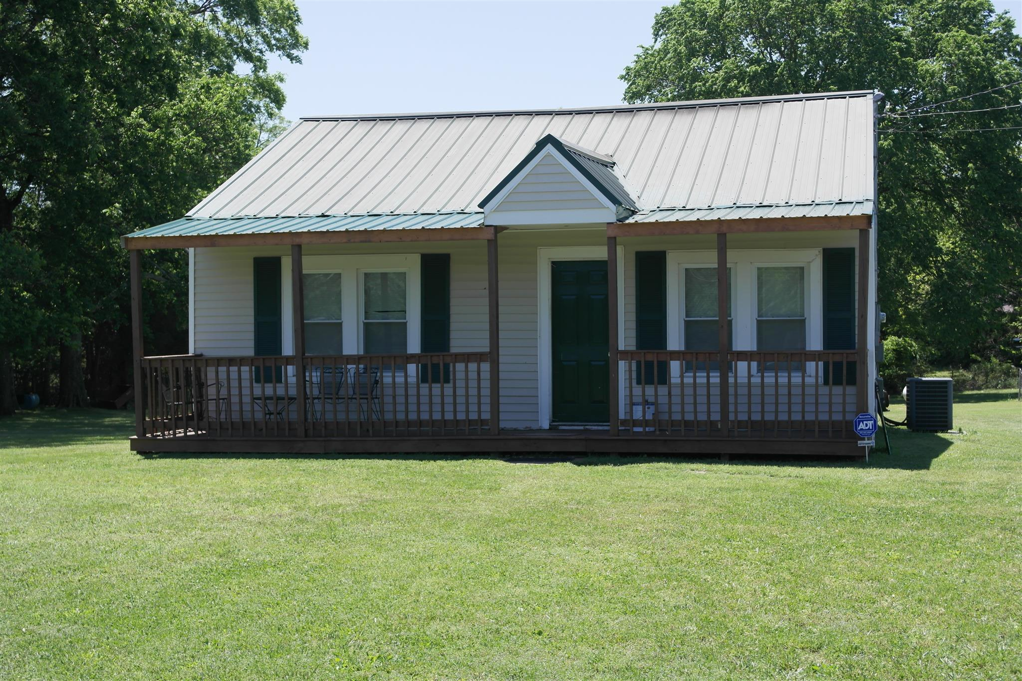 Photo of 392 Old Nashville Hwy  LaVergne  TN