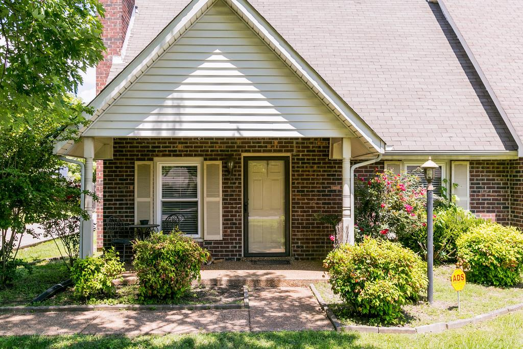 Photo of 1724 Lexington Trce  Murfreesboro  TN