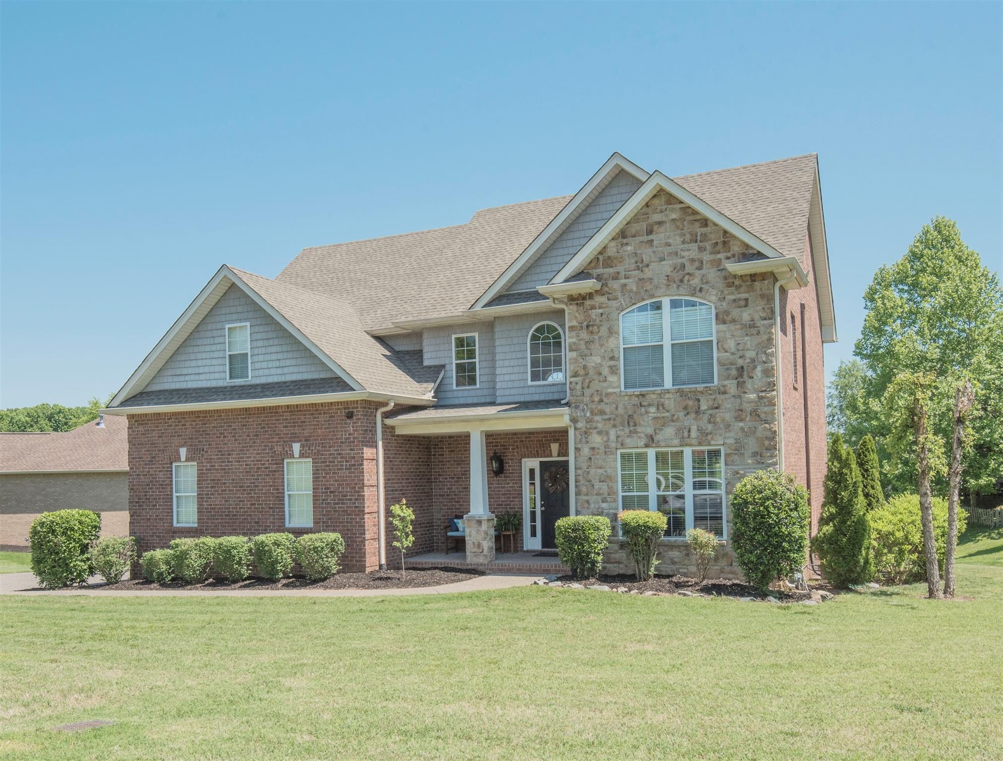 Photo of 111 Wynlands Dr  Goodlettsville  TN