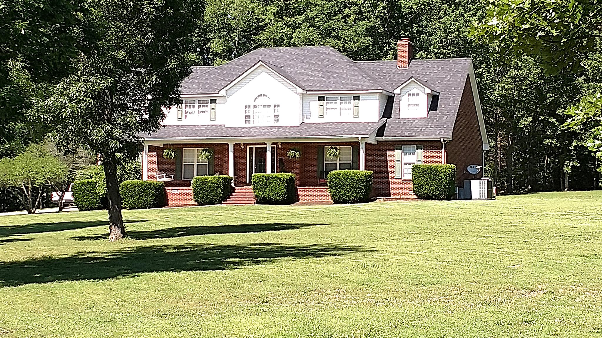 Photo of 141 Longwood Dr  Shelbyville  TN