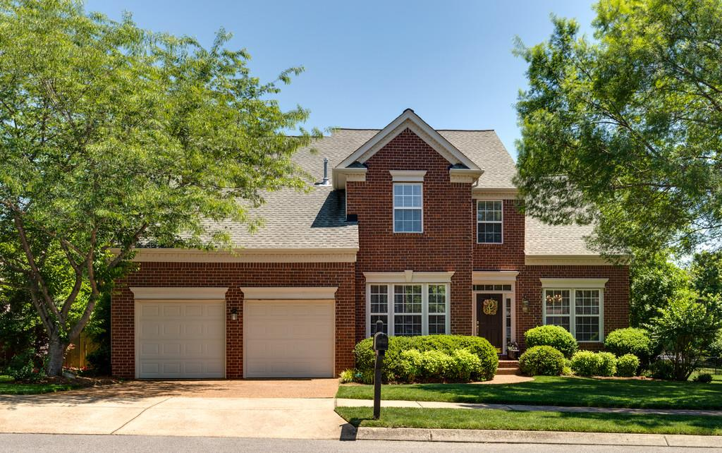 Photo of 404 Strathmore Dr  Franklin  TN