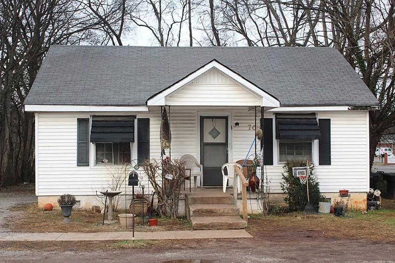 Photo of 705 Minor St  Murfreesboro  TN