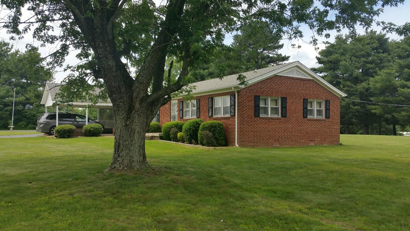 Photo of 207 Church St  Summertown  TN