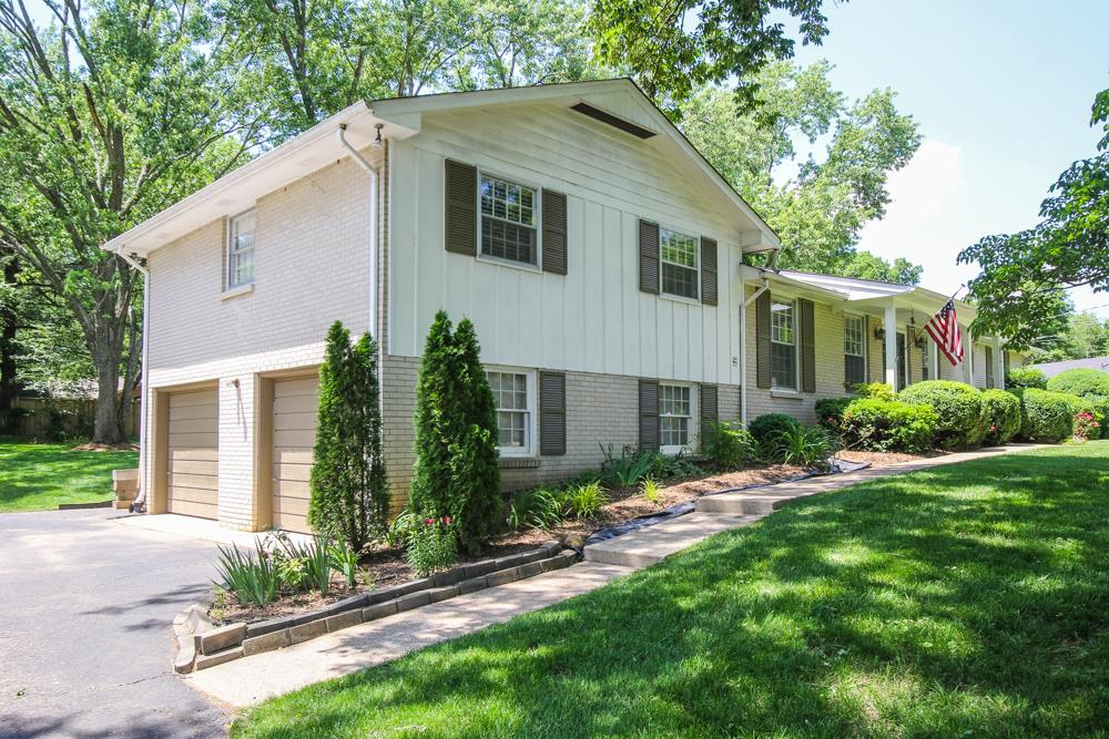 Photo of 384 Indian Lake Rd  Hendersonville  TN