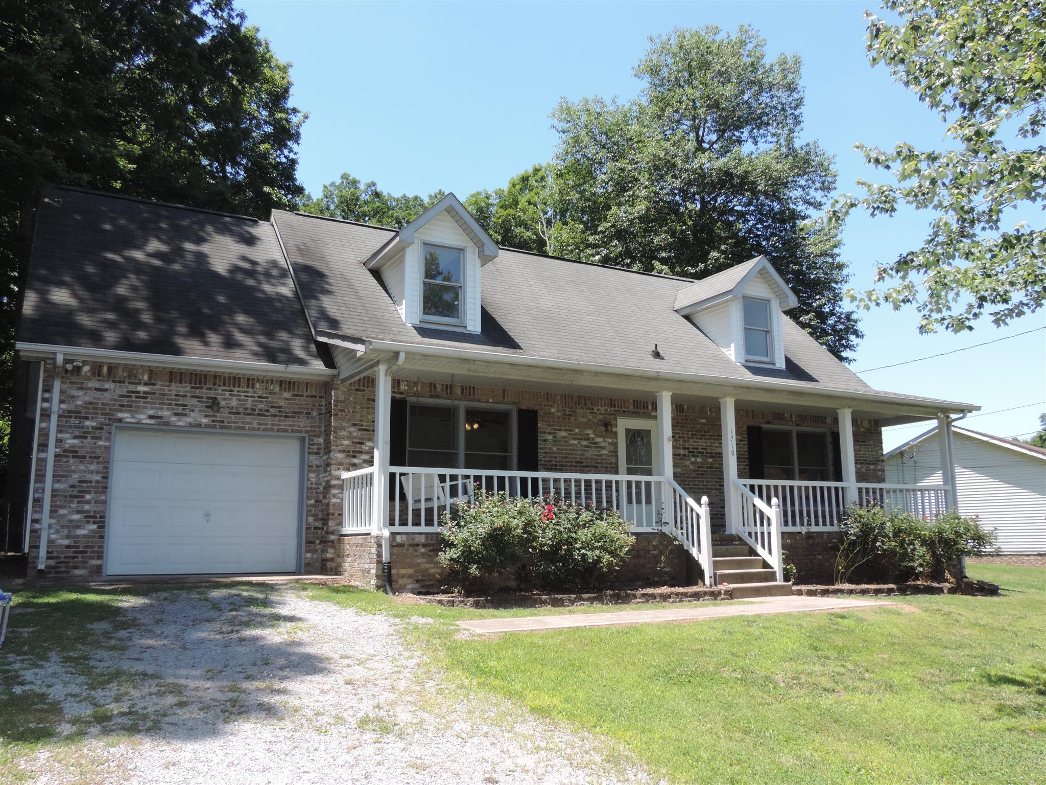 Photo of 1710 Setter Rd  Clarksville  TN