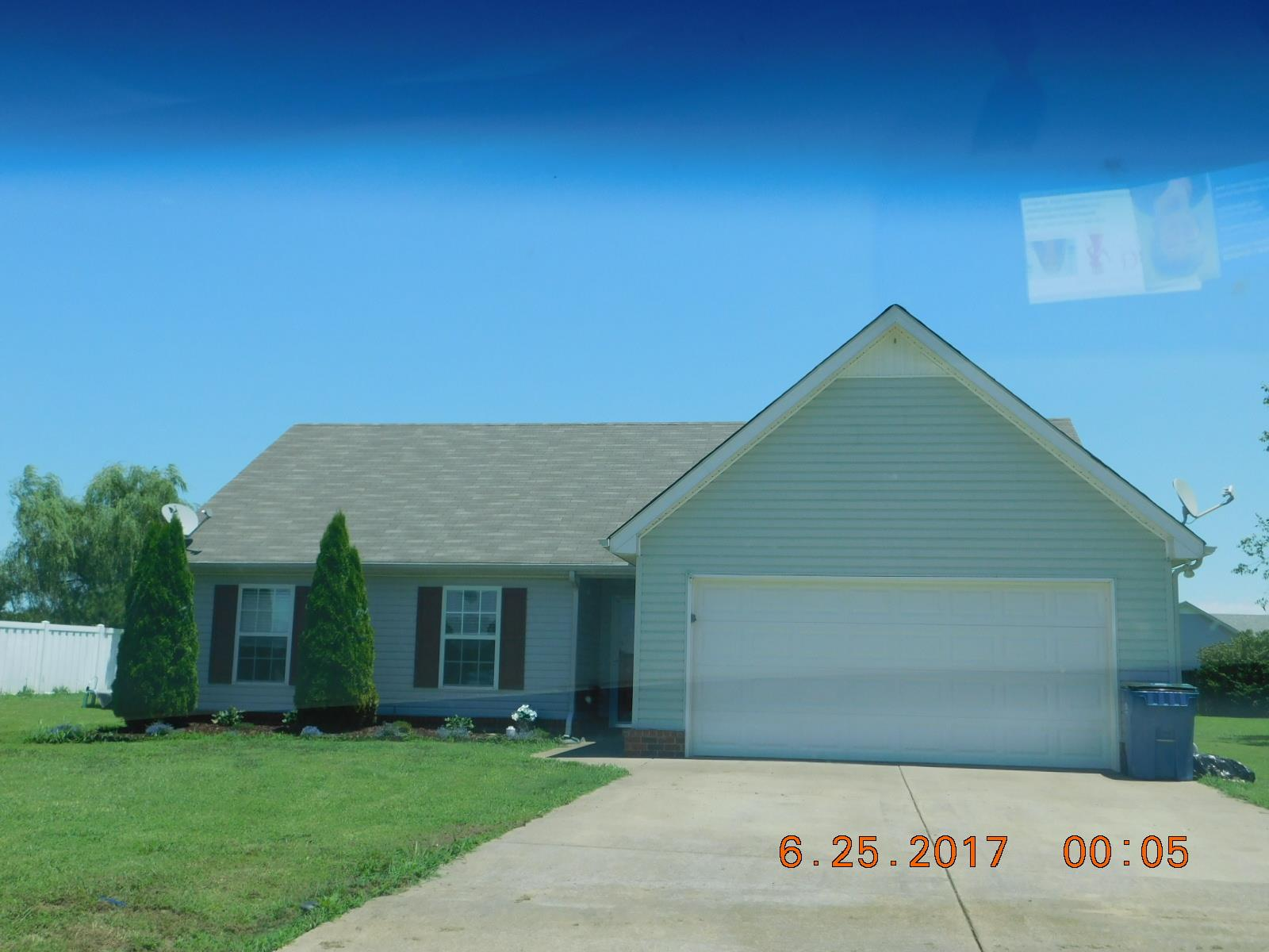 Photo of 725 Crescent Rd  Murfreesboro  TN