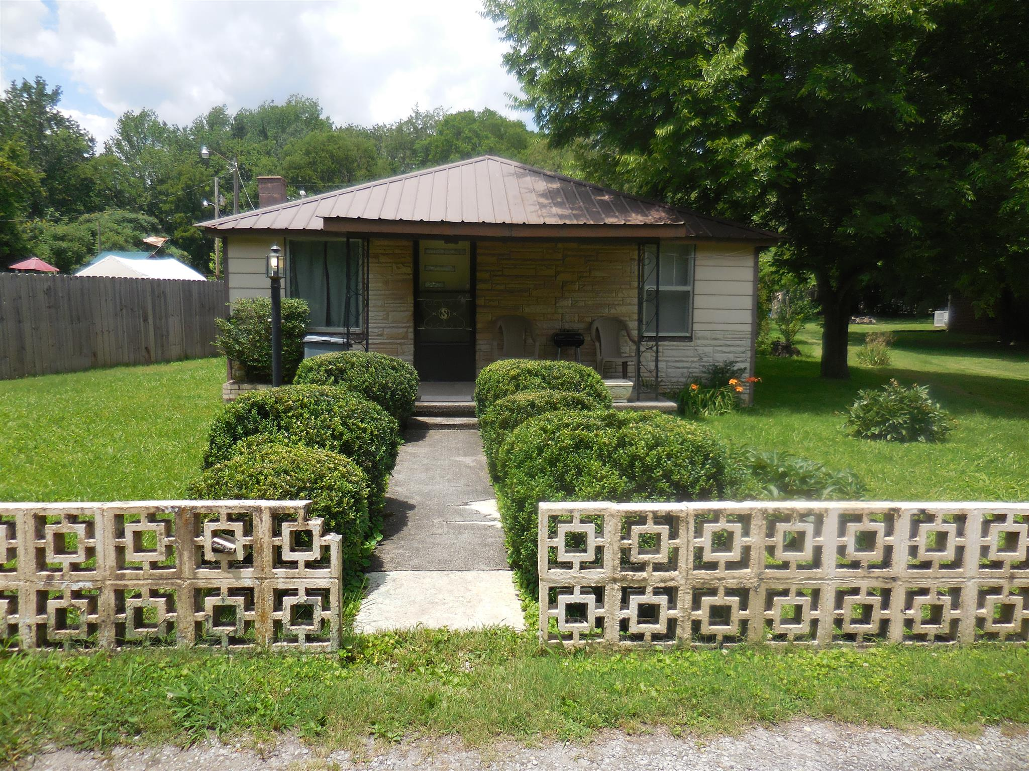 Photo of 135 Swain St  Cowan  TN