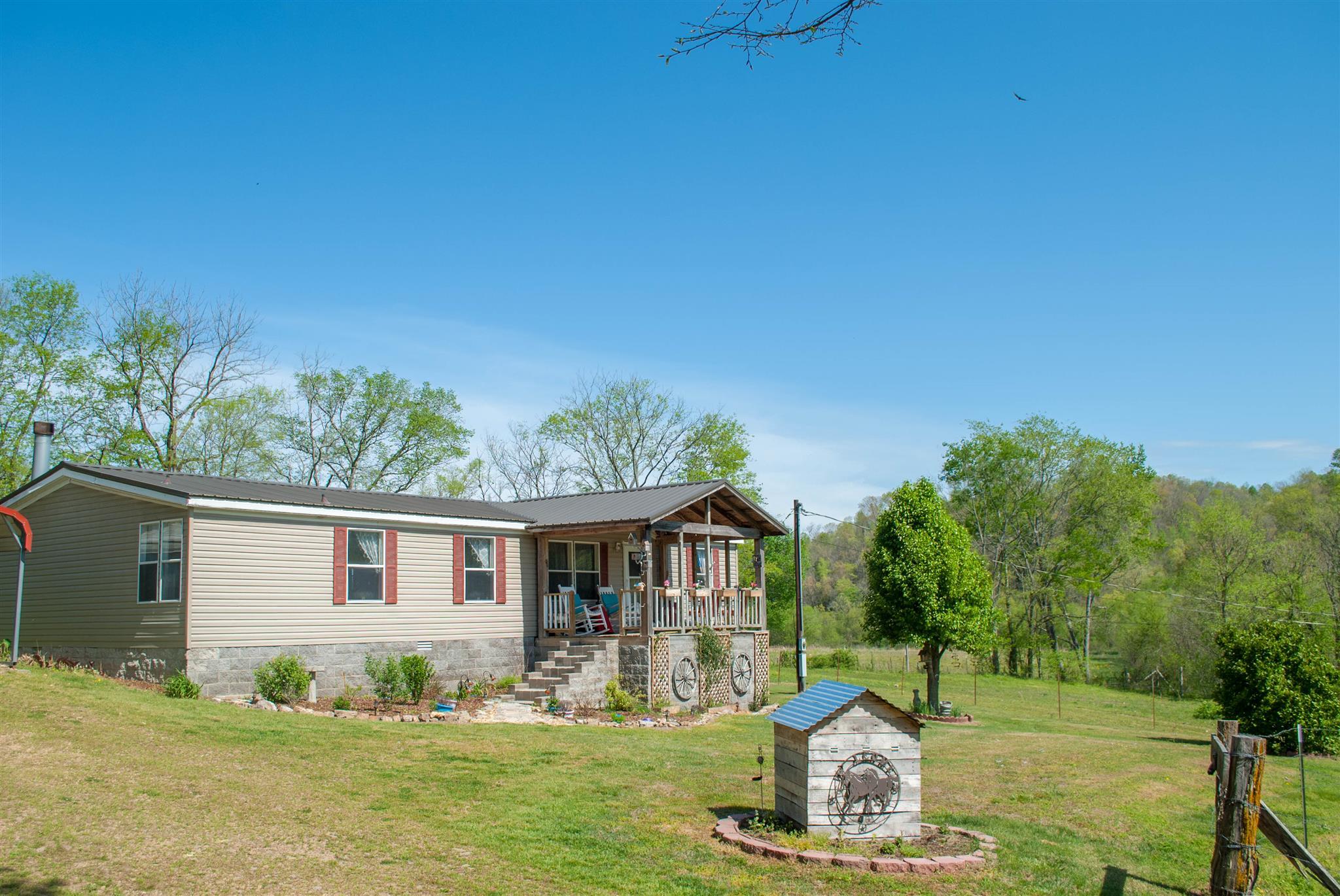 Photo of 13601 Campbellsville Rd  Lynnville  TN