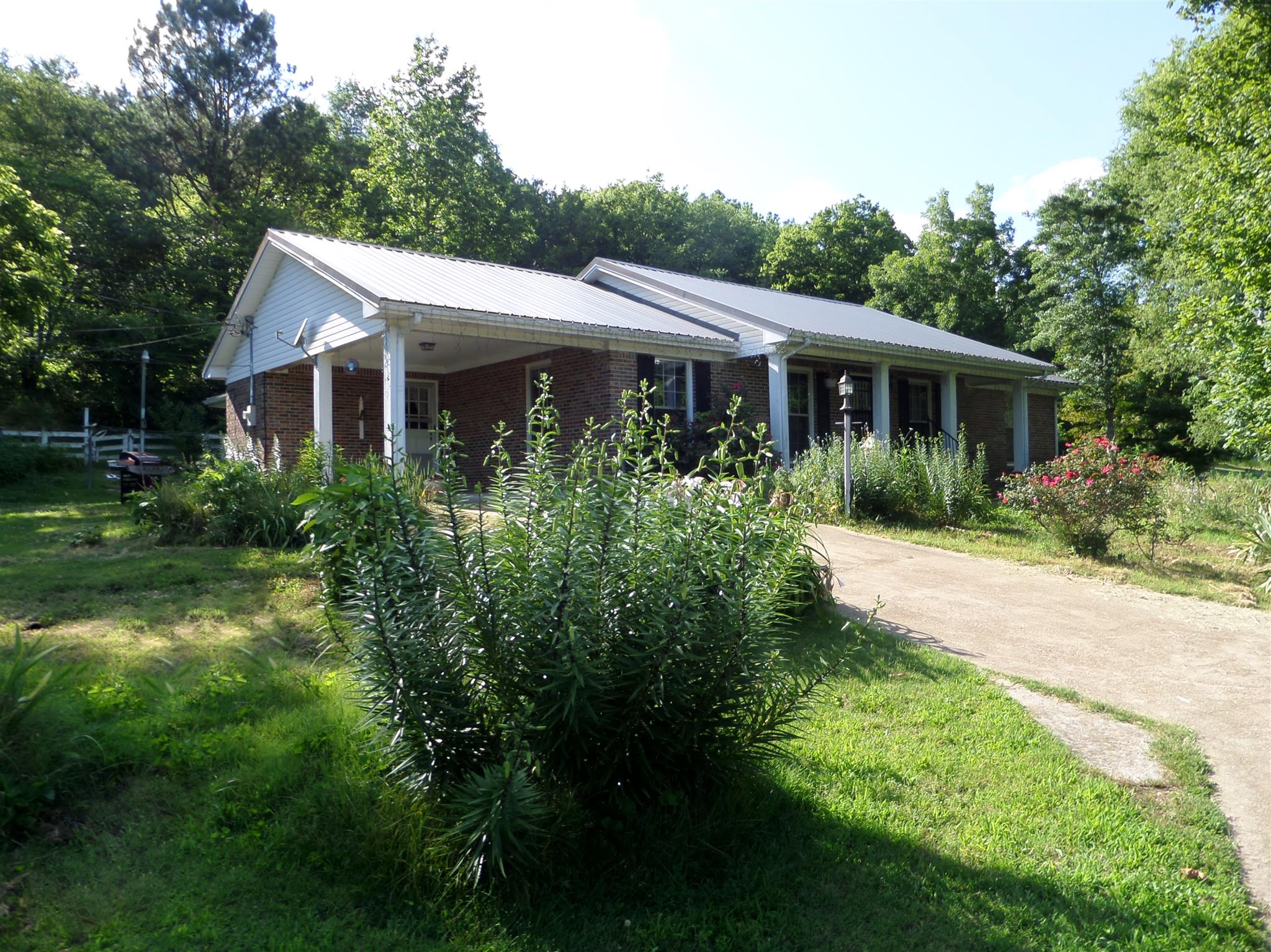 Photo of 101 Hays Rd  Goodspring  TN