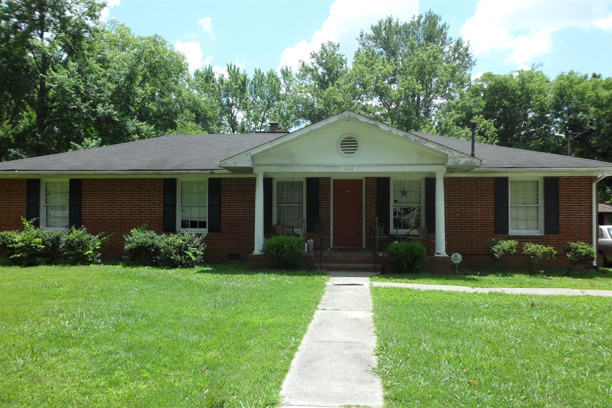 Photo of 1606 Fowler St  Murfreesboro  TN