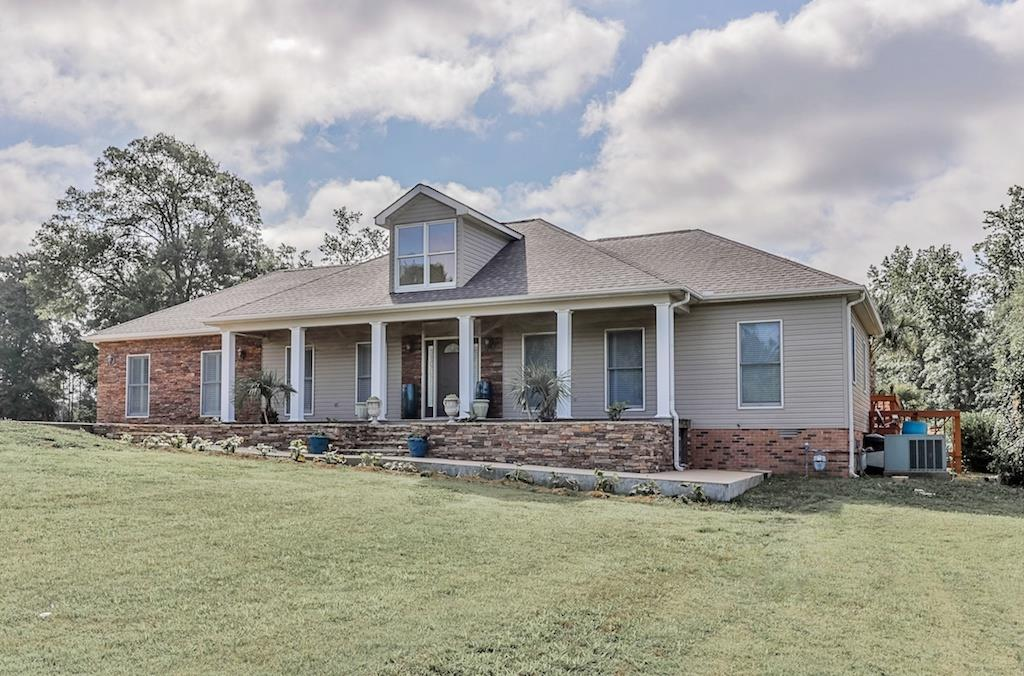 Photo of 61 Boat Dock Ln  Decaturville  TN