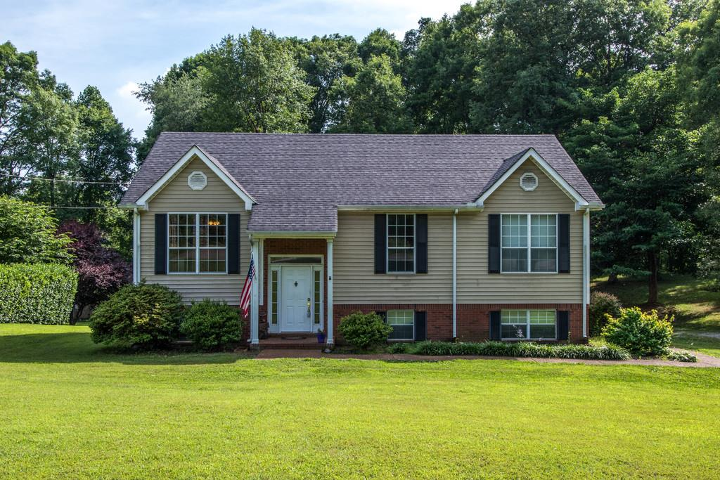 Photo of 2541 Christopher Ln  Pleasant View  TN
