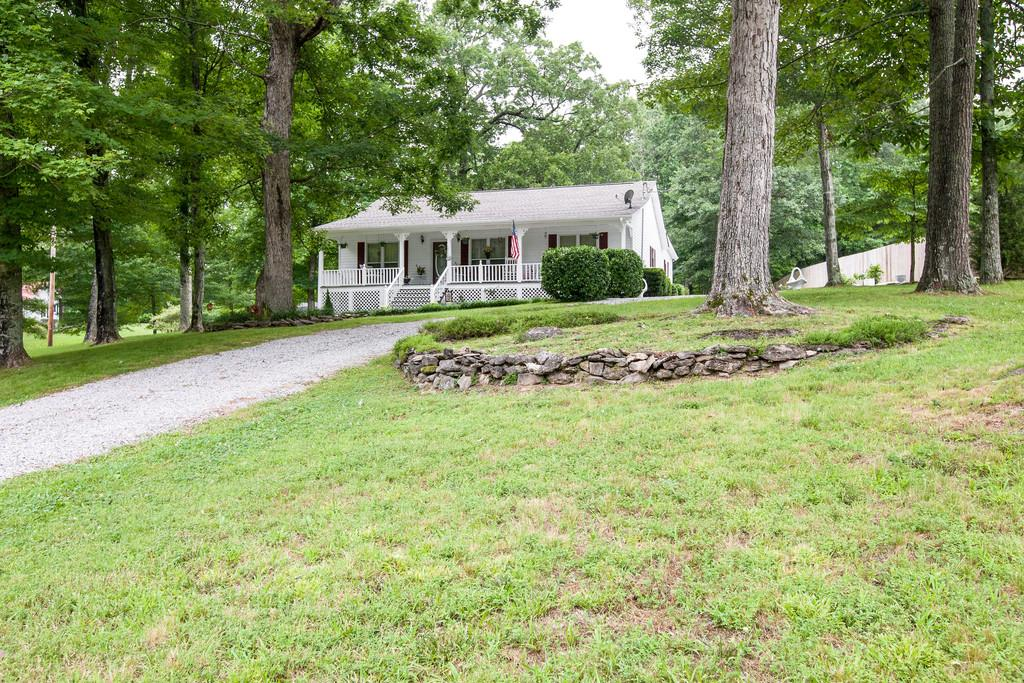 Photo of 256 Bobwhite Dr  Lyles  TN