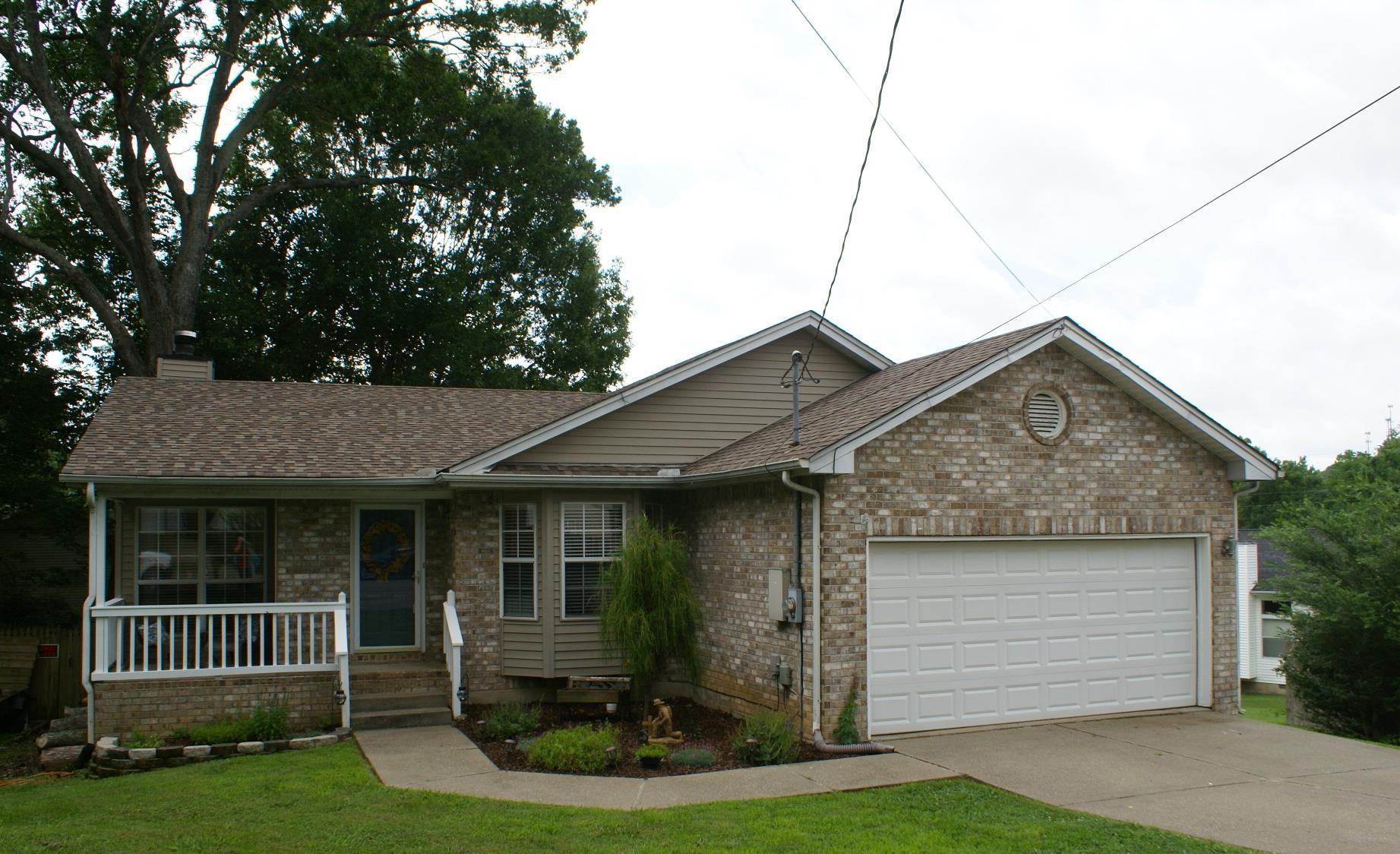 Photo of 102 Northlake Ct  Hendersonville  TN