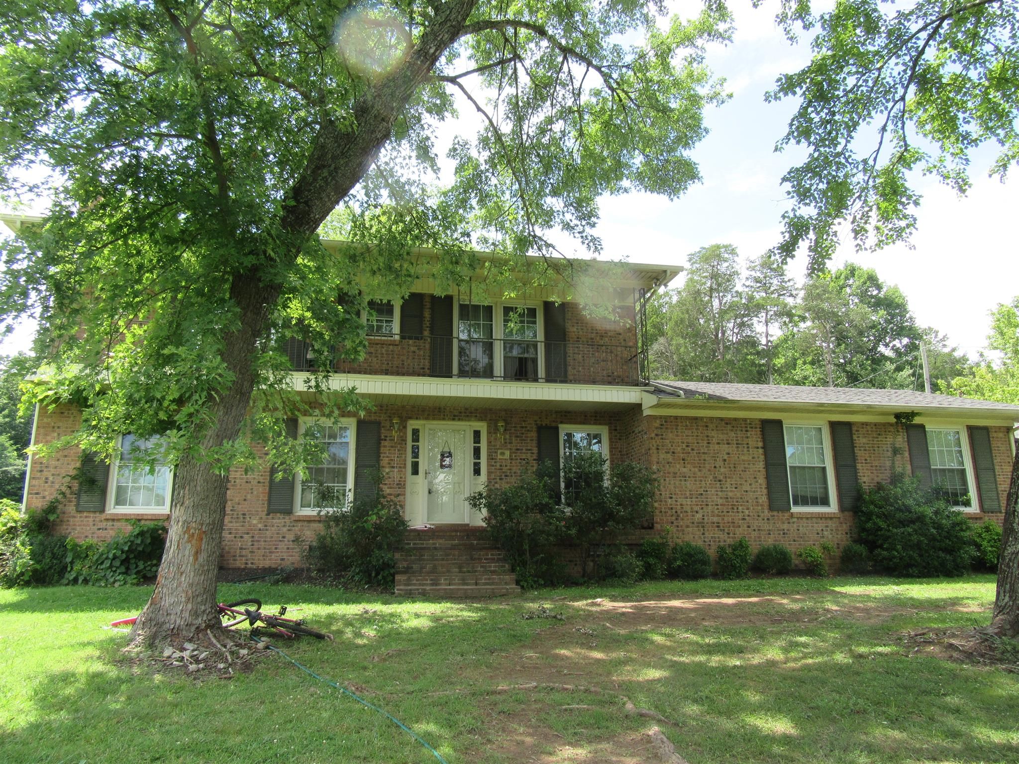 Photo of 117 Morrow St  Waynesboro  TN