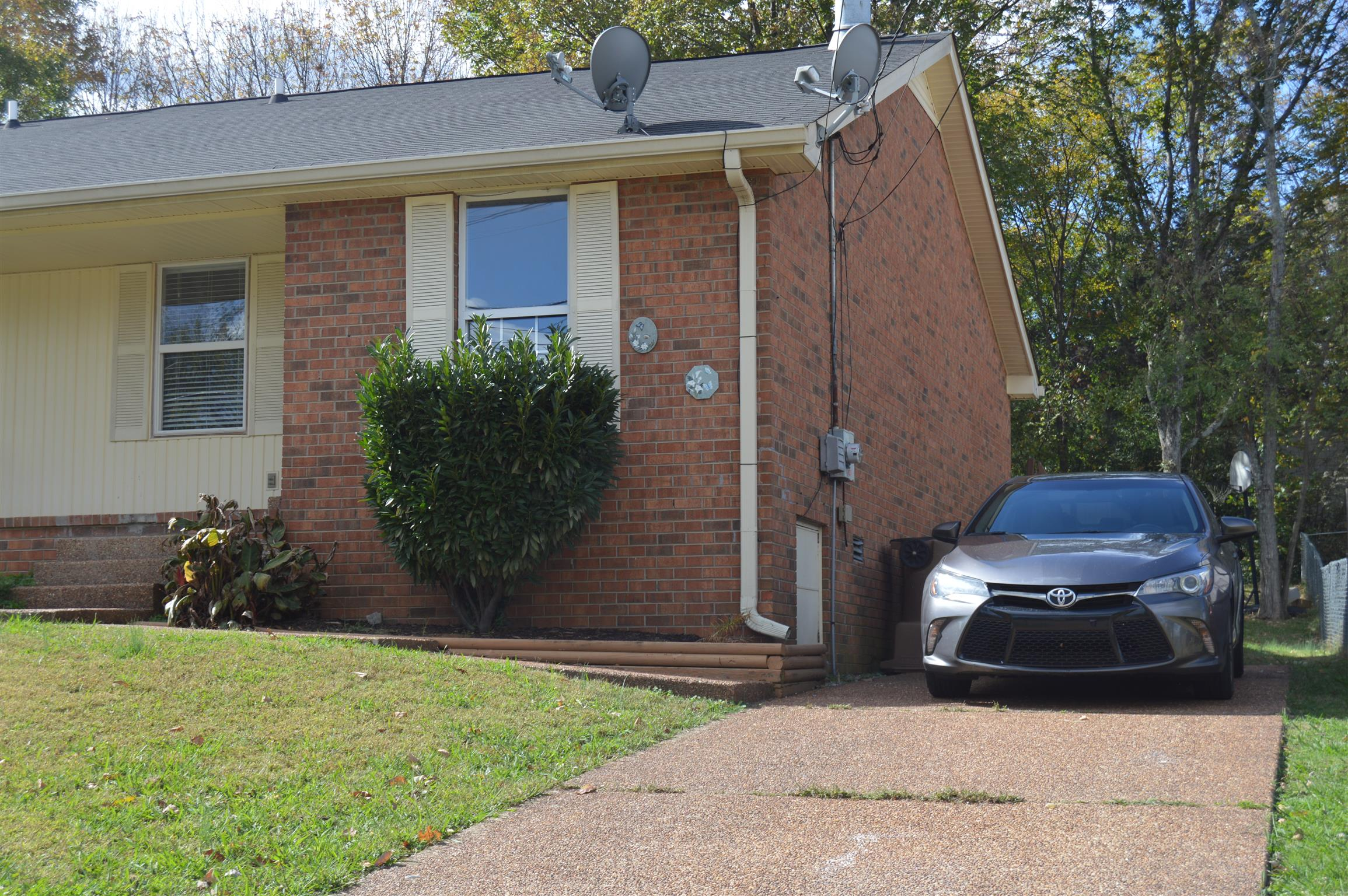 Photo of 3021 Mossdale Dr  Antioch  TN