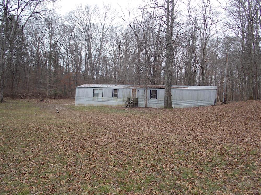 Photo of 752 Jennings Bluff Rd  Linden  TN