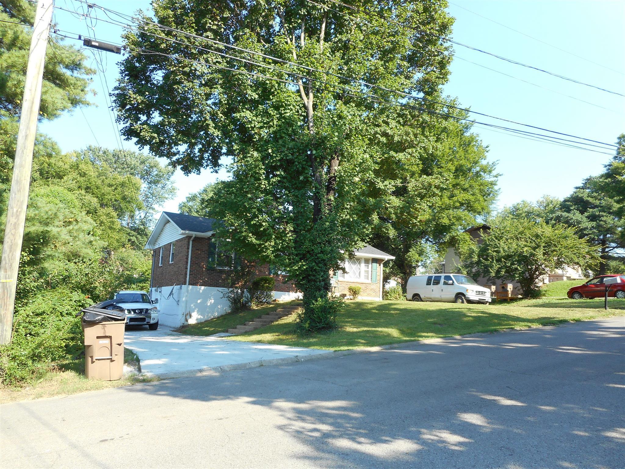 Photo of 123 Cherokee Pl  Nashville  TN