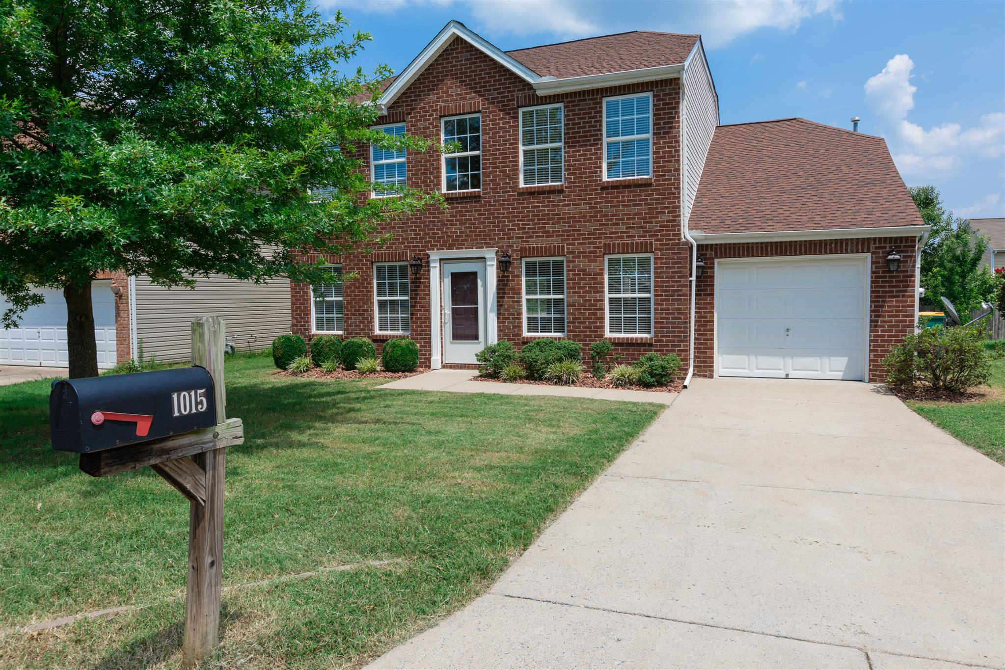 Photo of 1015 Lowrey Place  Spring Hill  TN