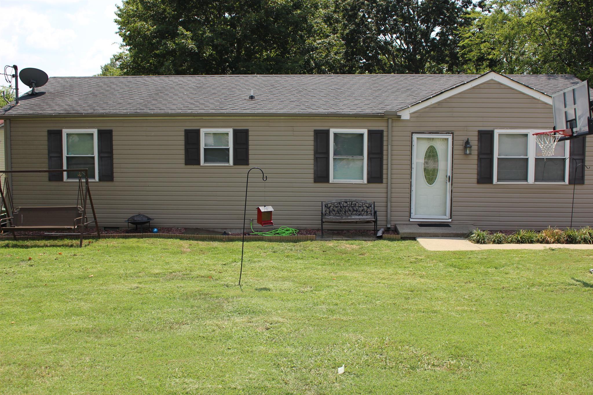 Photo of 104 Ridgeview Ct  LaVergne  TN