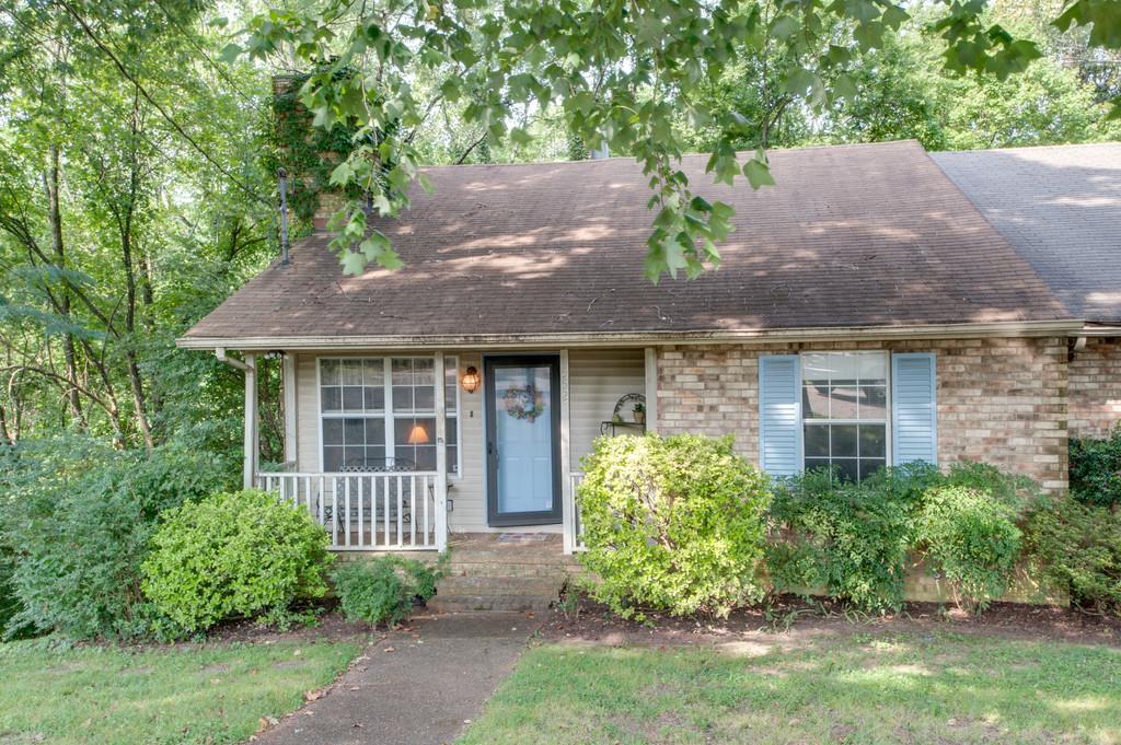 Photo of 5527 Hill Ct  Nashville  TN