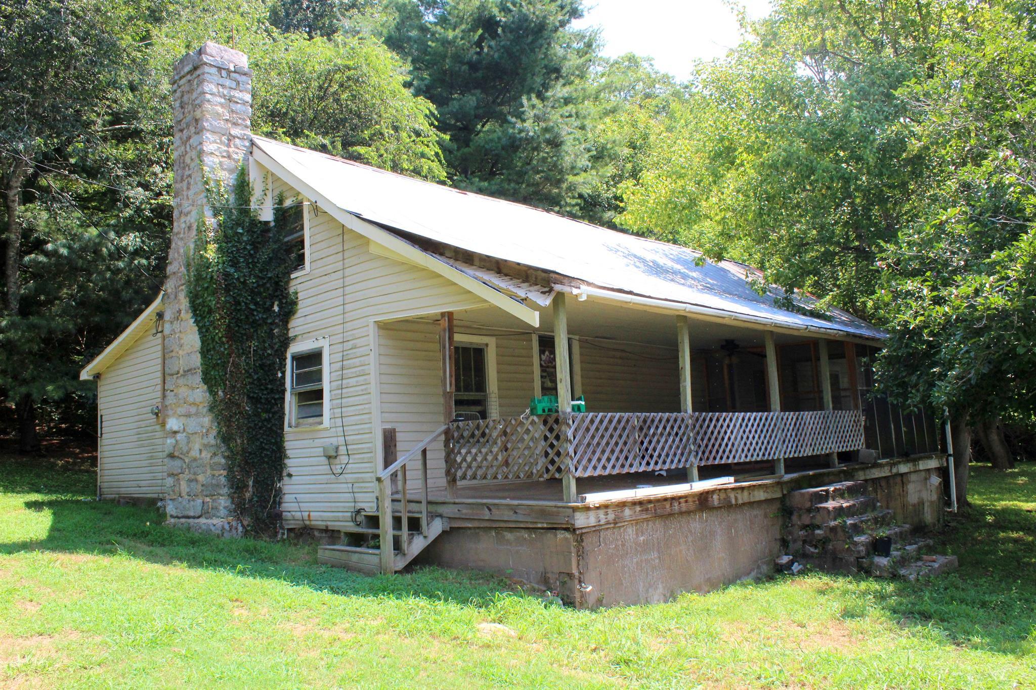 Photo of 86 Arnold Hollow Road  Flintville  TN