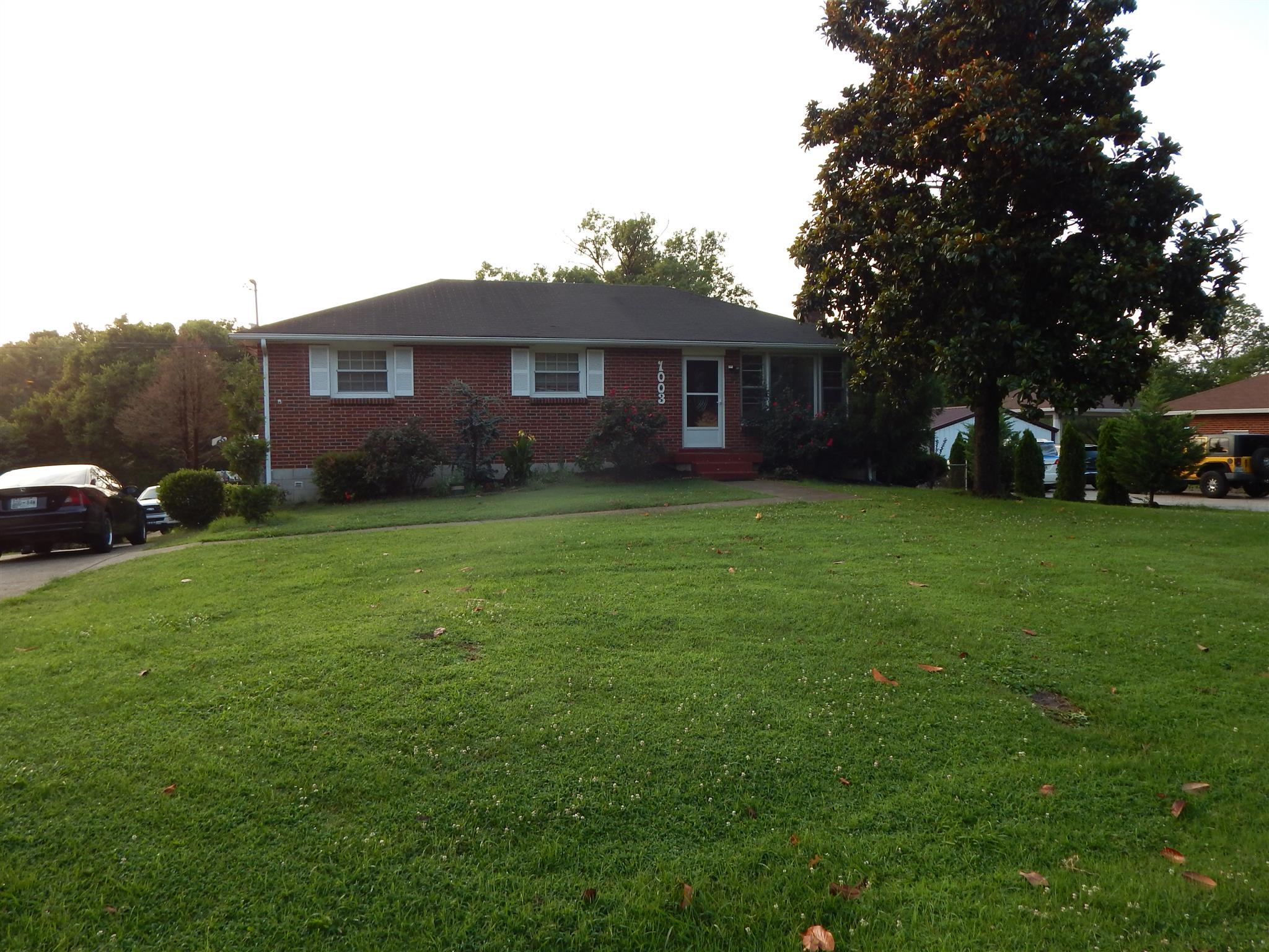 Photo of 1003 N Graycroft Ave  Madison  TN