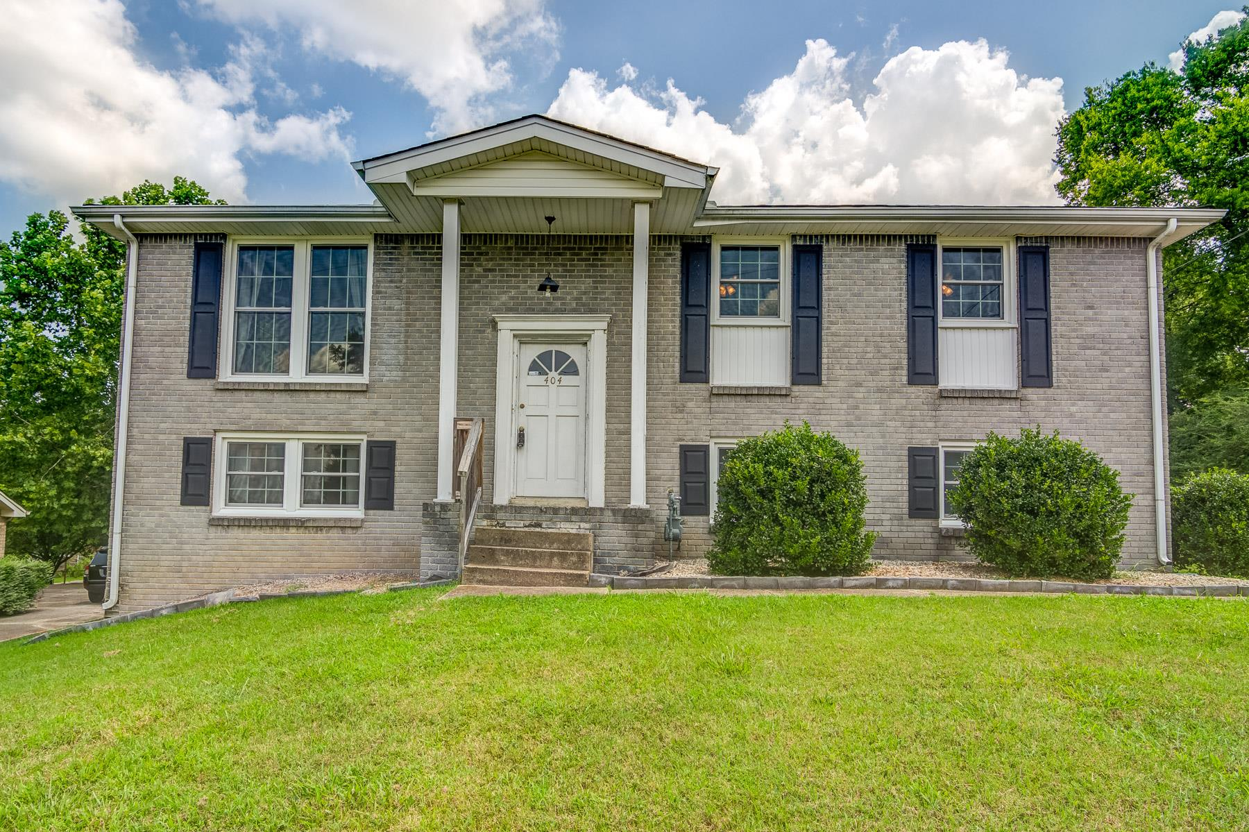 Photo of 404 Safford View Dr  Antioch  TN