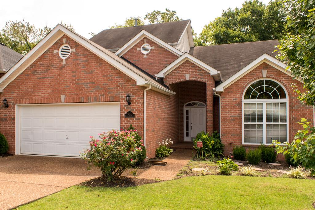 Photo of 6744 Autumn Oaks Dr  Brentwood  TN