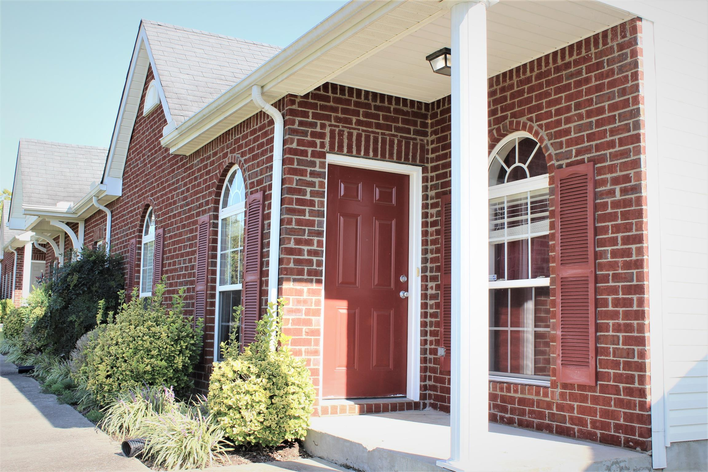 Photo of 1022 Briggs Ln  Spring Hill  TN