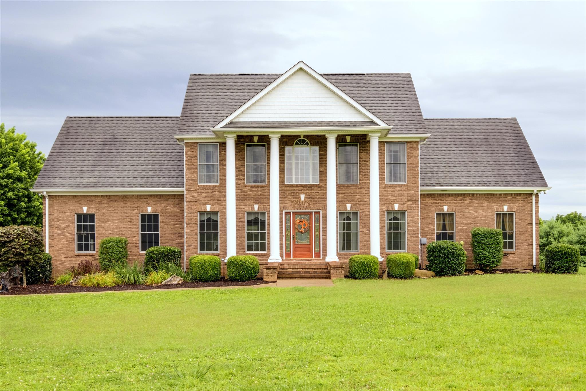 944 Cranford Hollow Ext Rd Columbia, TN 38401