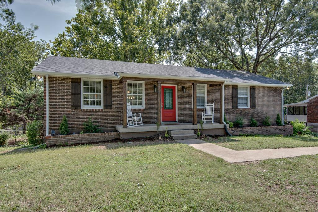 Photo of 503 Skyview Dr  Ashland City  TN