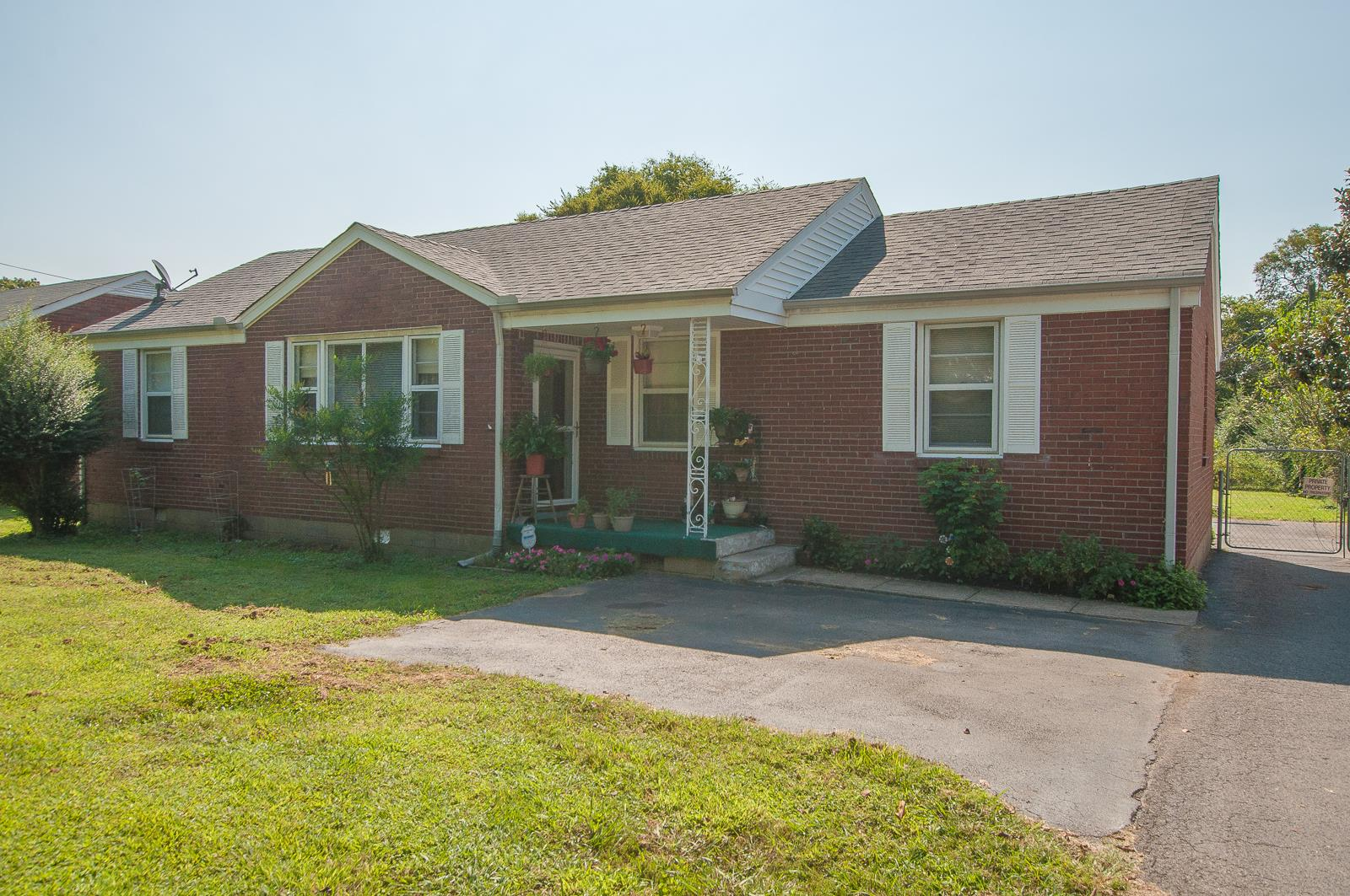 Photo of 2932 McCampbell Ave  Nashville  TN