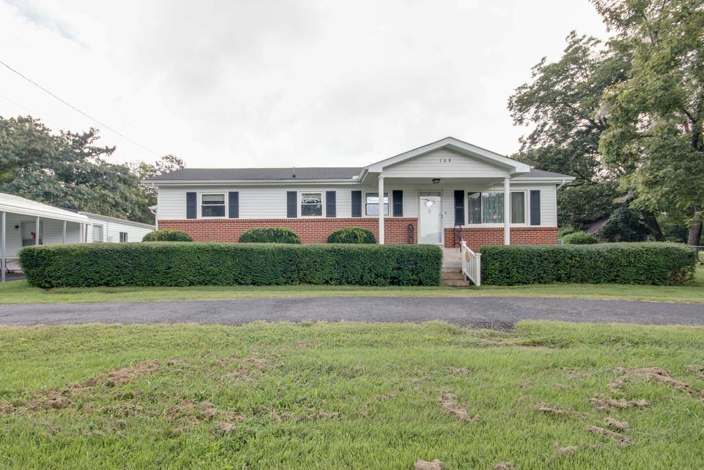 Photo of 108 Woodbury St  Murfreesboro  TN