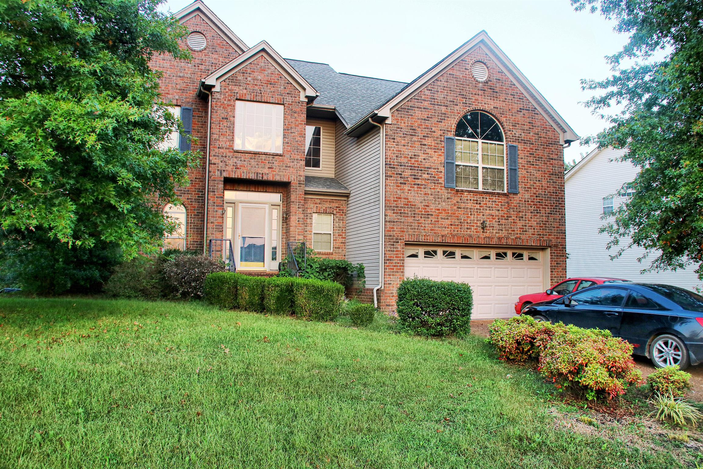 Photo of 107 Braxton Park Ln  Goodlettsville  TN