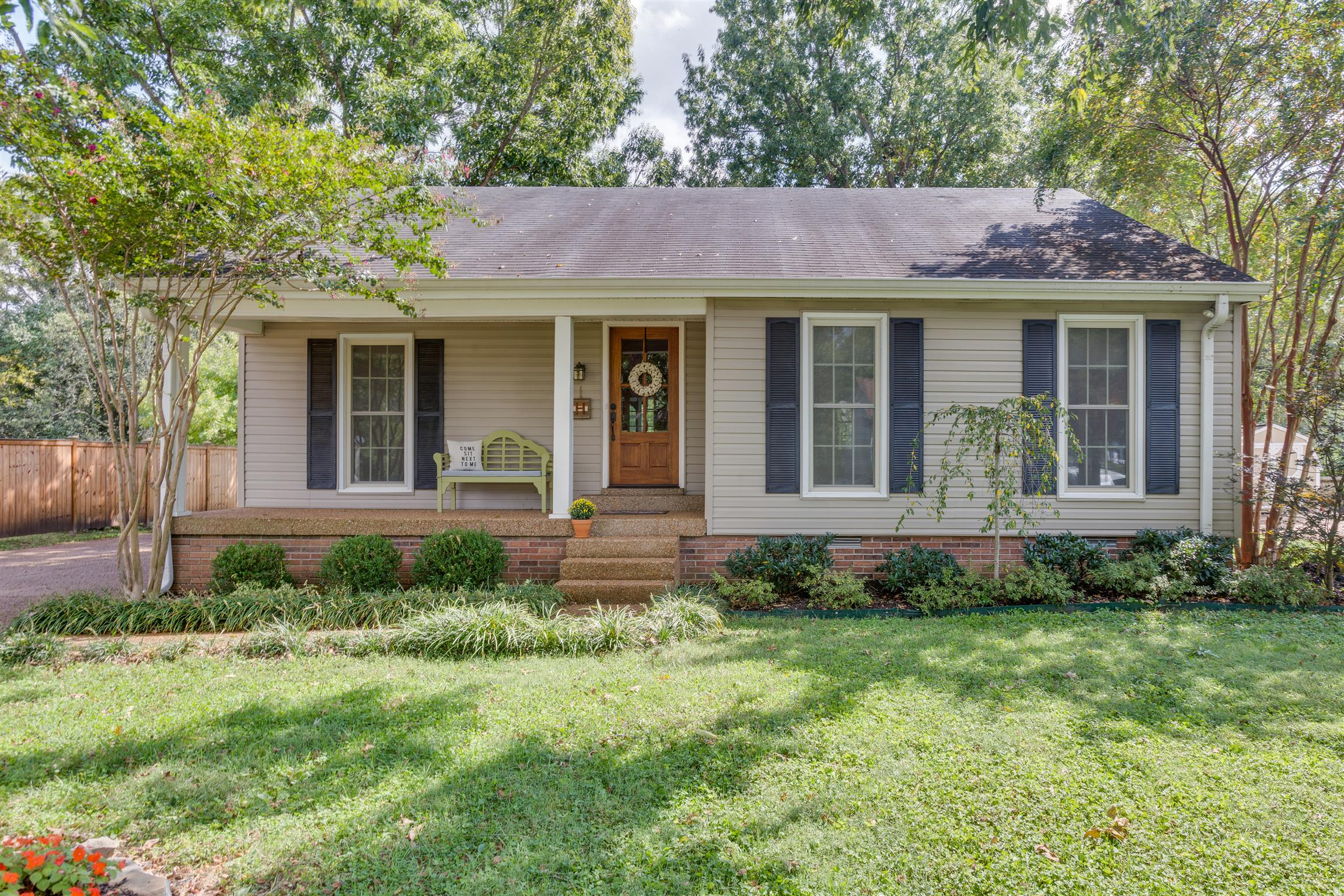 813 Harpeth Bend Dr, Bellevue in Davidson County County, TN 37221 Home for Sale