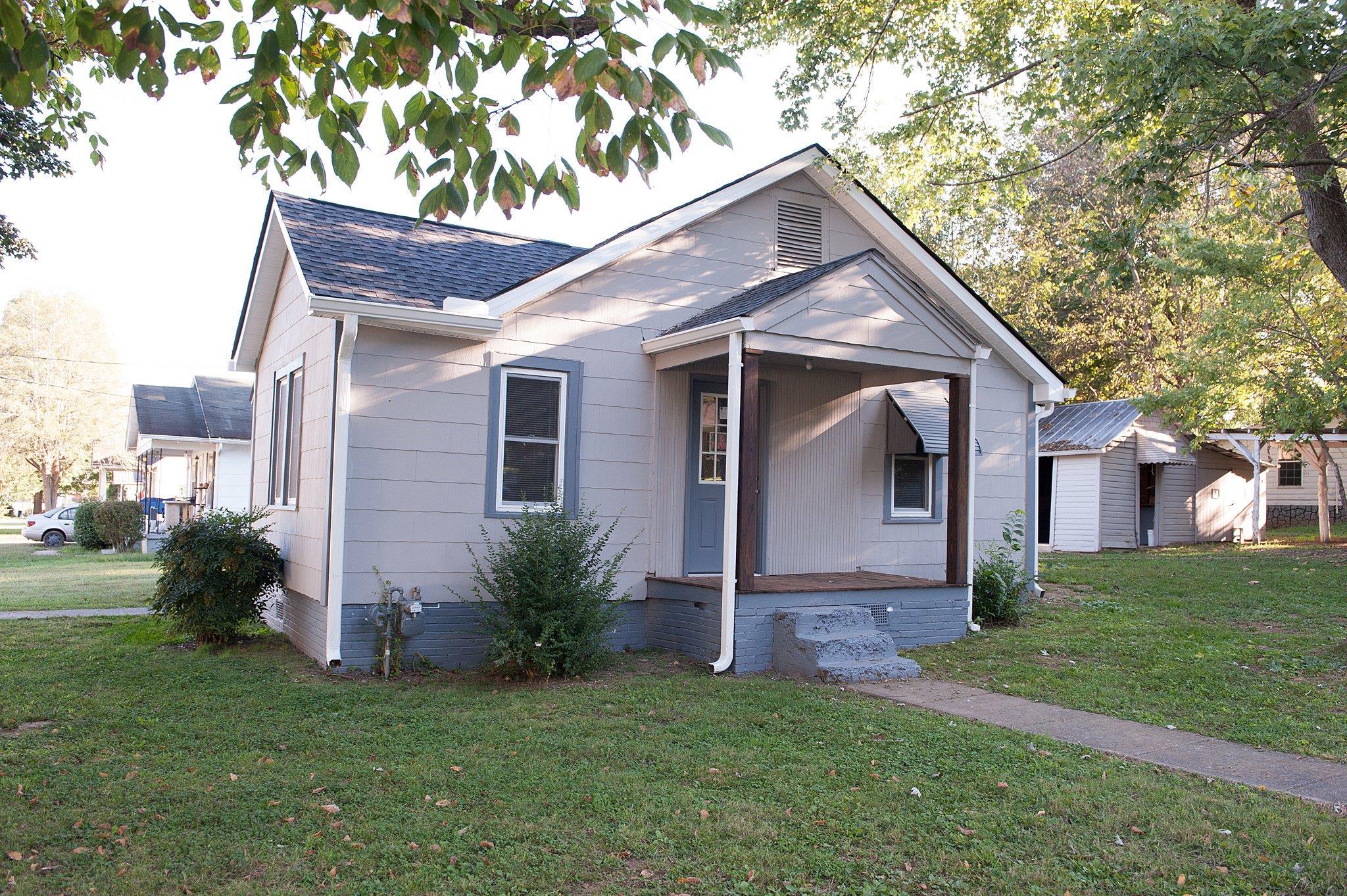 Photo of 115 Myers St  Shelbyville  TN