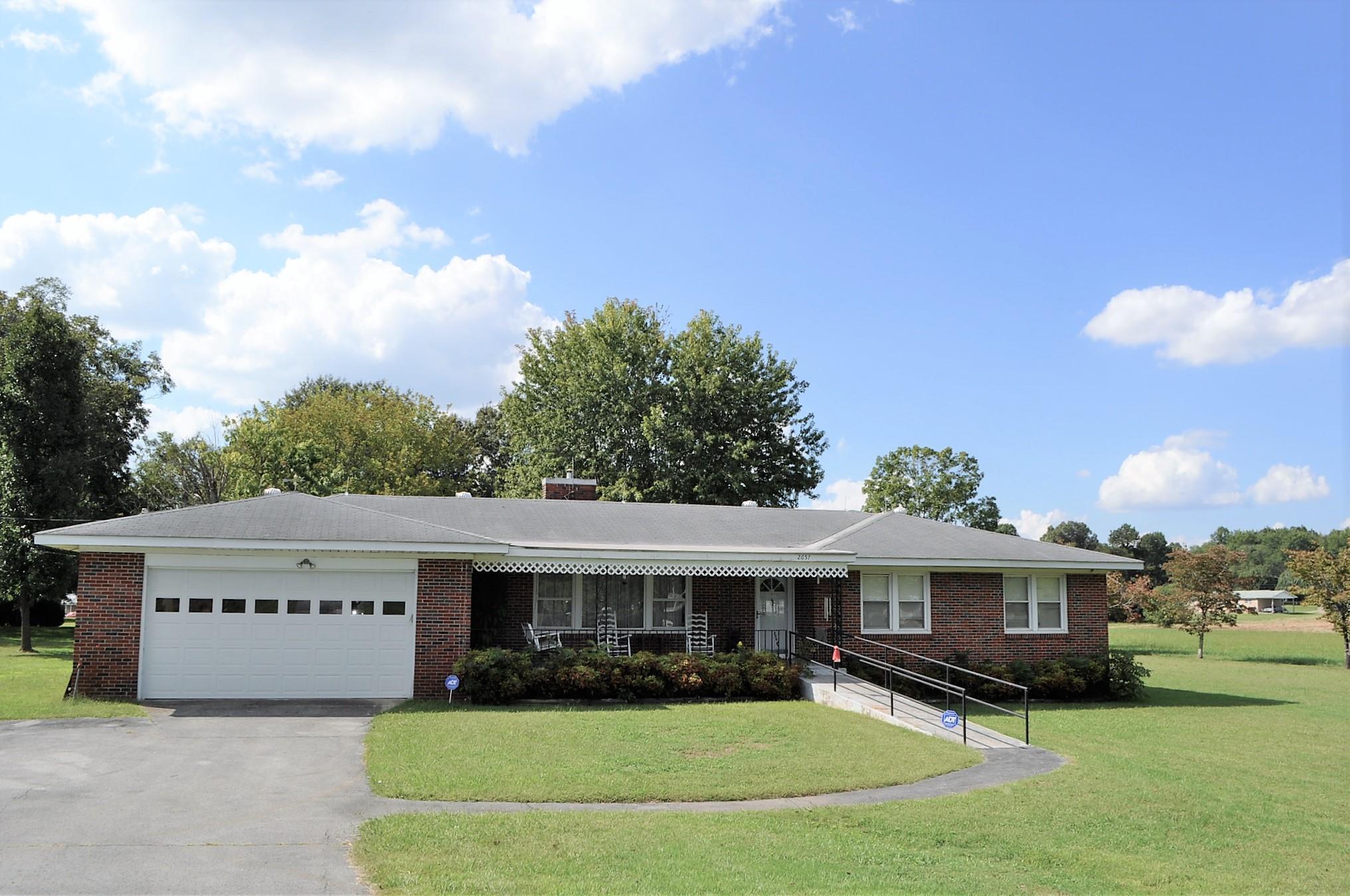 Photo of 2657 Huntsville Hwy  Fayetteville  TN