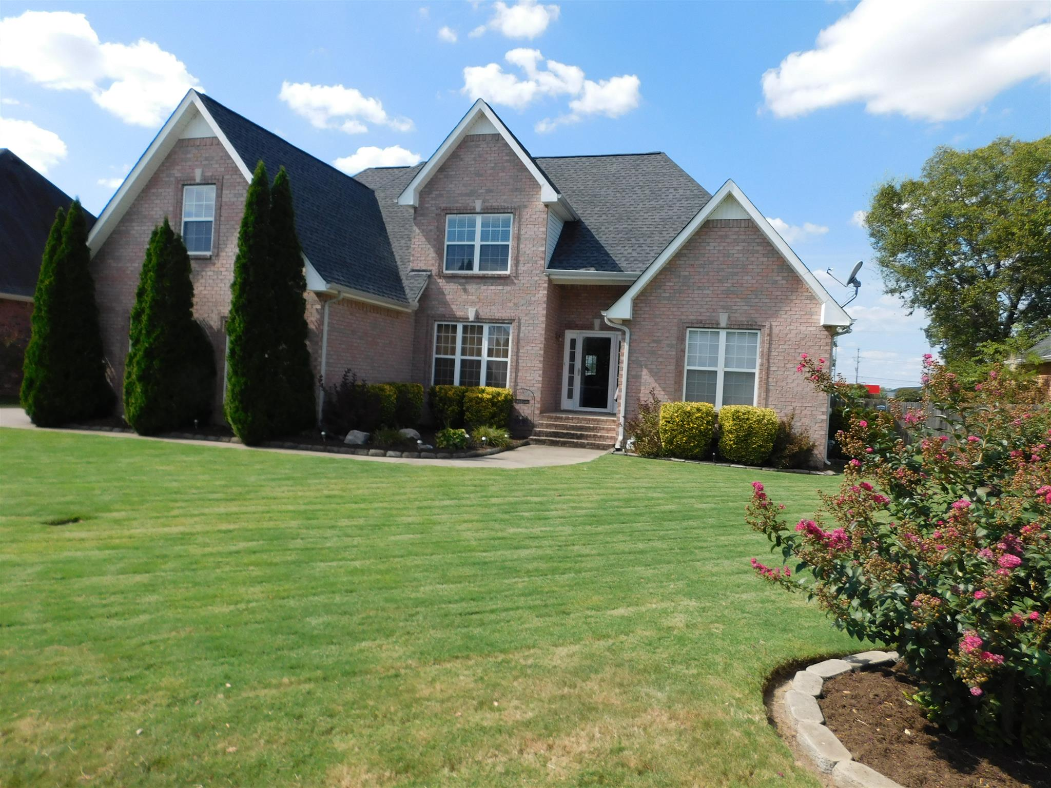 Photo of 2942 Runnymeade Dr  Murfreesboro  TN