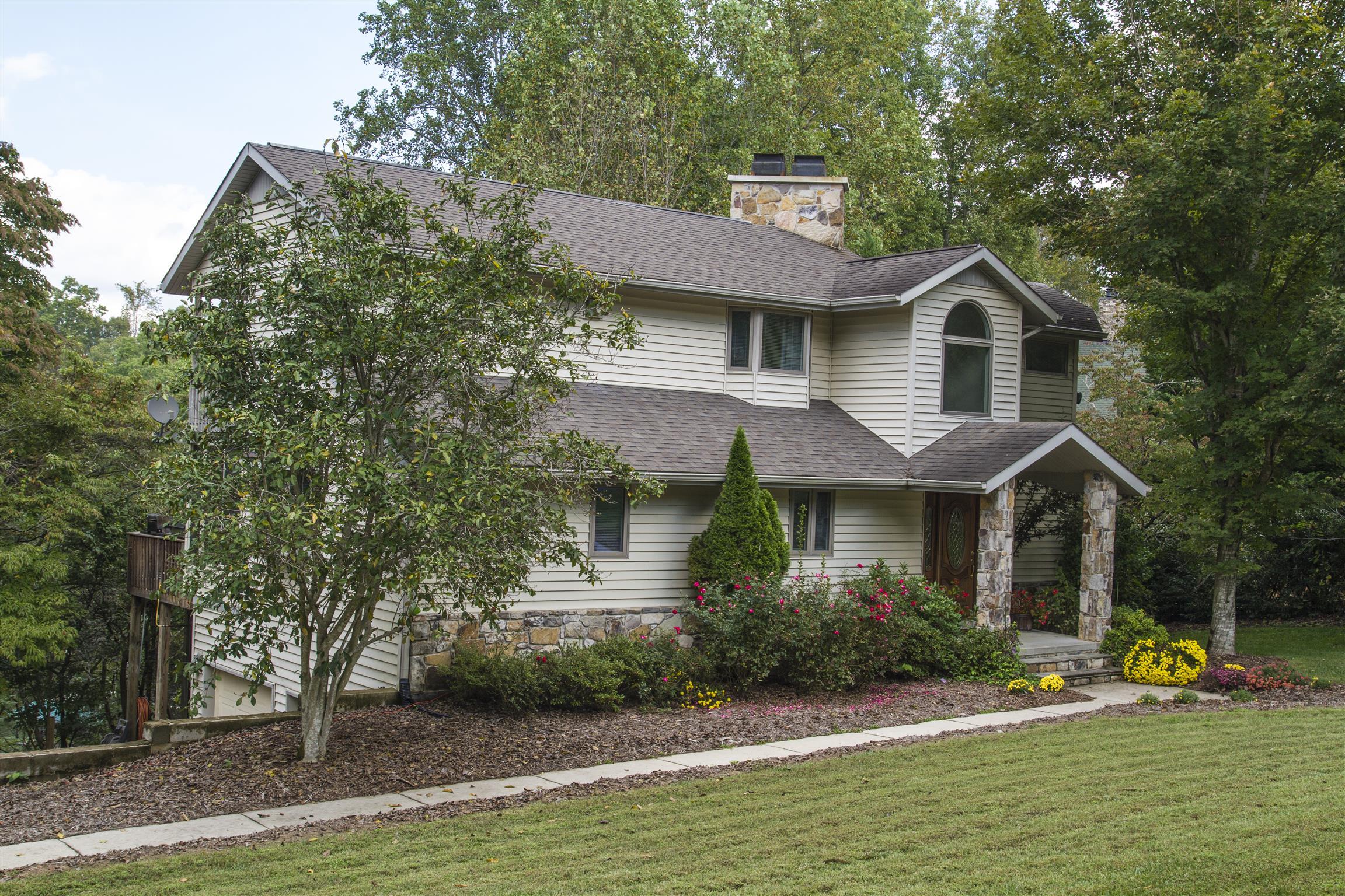 886 Hopkins Ln Winchester, TN 37398