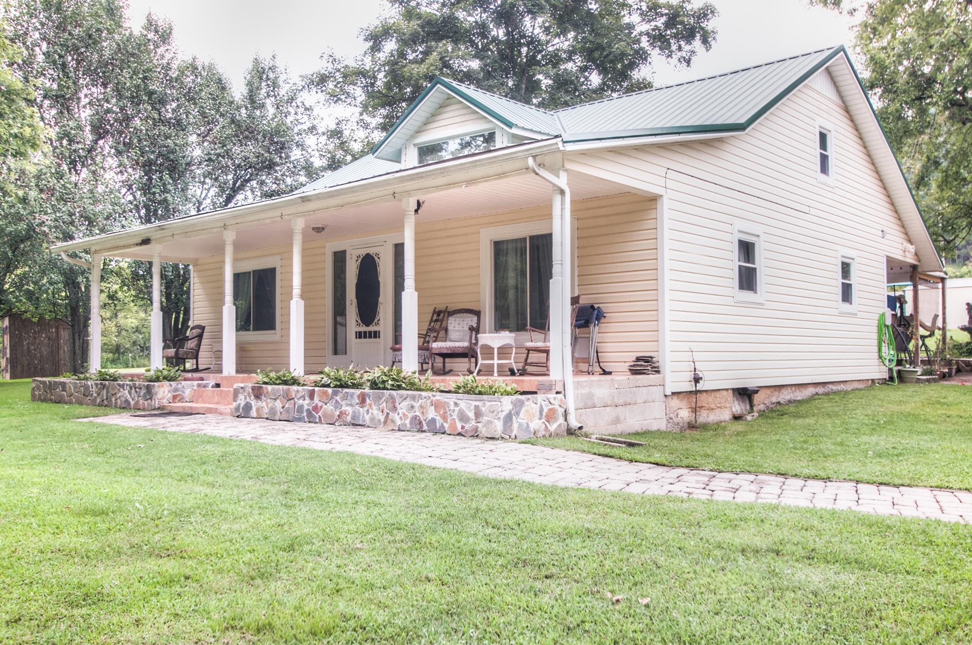 Photo of 1326 Love Hollow Rd  Hartsville  TN