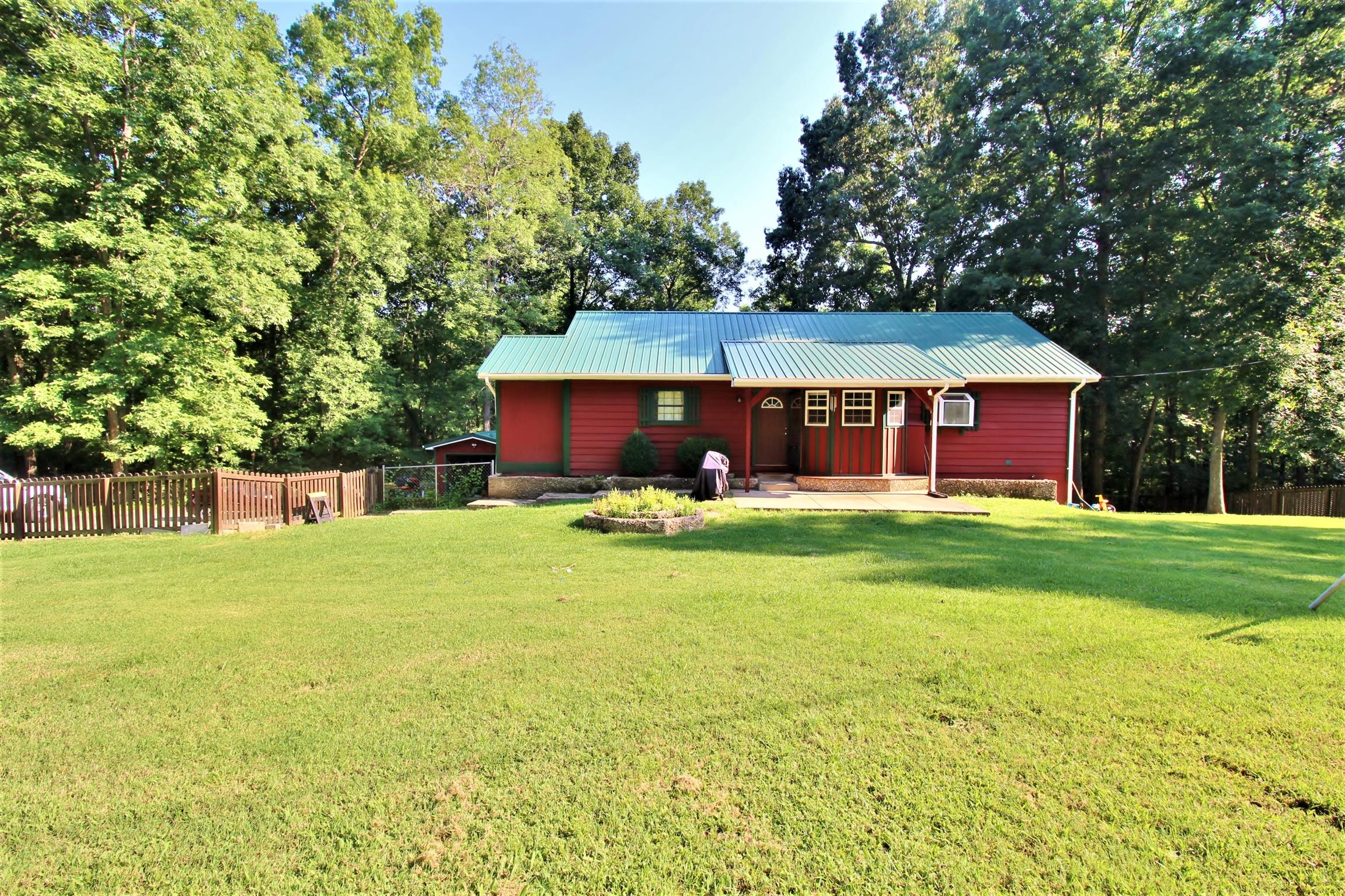 Photo of 159 Bagsby Hill Ln  Dover  TN